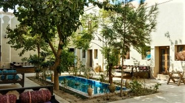 Traditional Kourosh Hotel