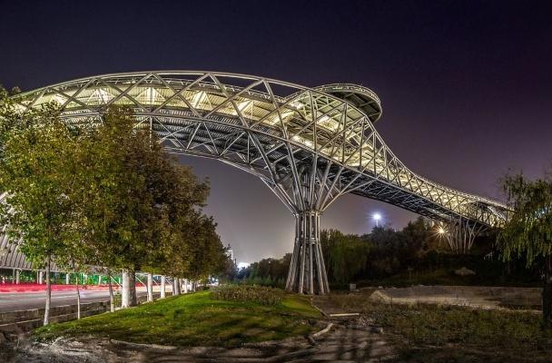Tehran Tabiat bridge